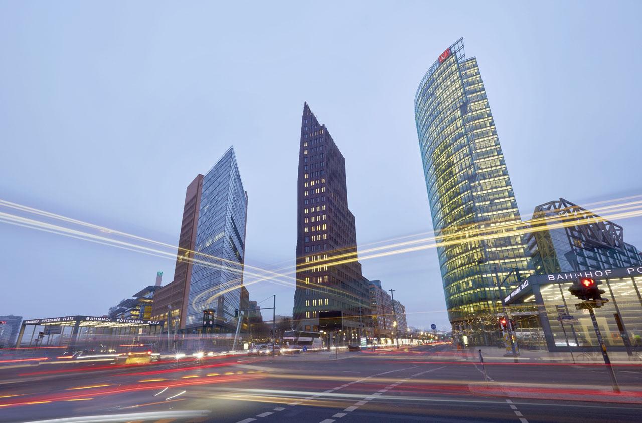 07_BERLIN_3BUILD_SOIR_PCrom_kopie.JPG